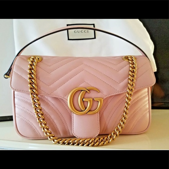 c06524e280f GUCCI MARMONT MATELASSÉ GG LIGHT PINK BAG